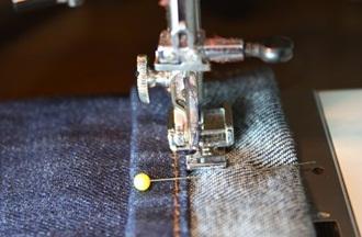 Mách bạn cách lên gấu quần jeans dễ dàng - 5